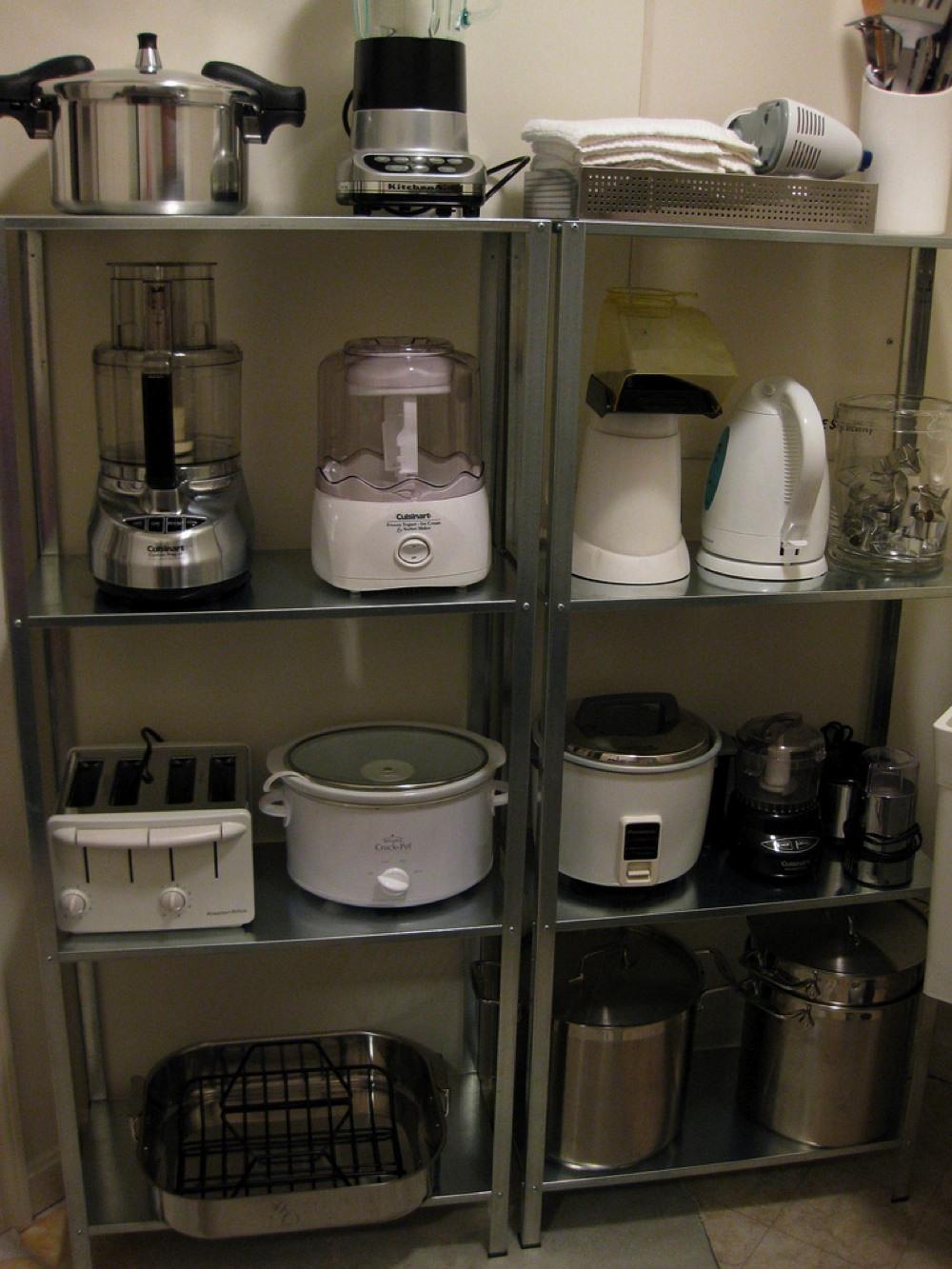 キッチンの調理器具の収納用棚 住宅デザイン