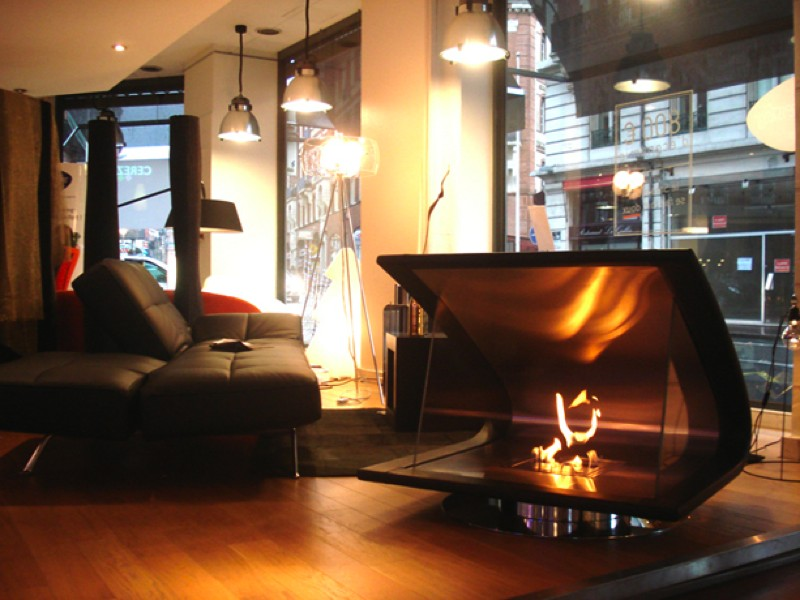 裸火の暖炉Zeta