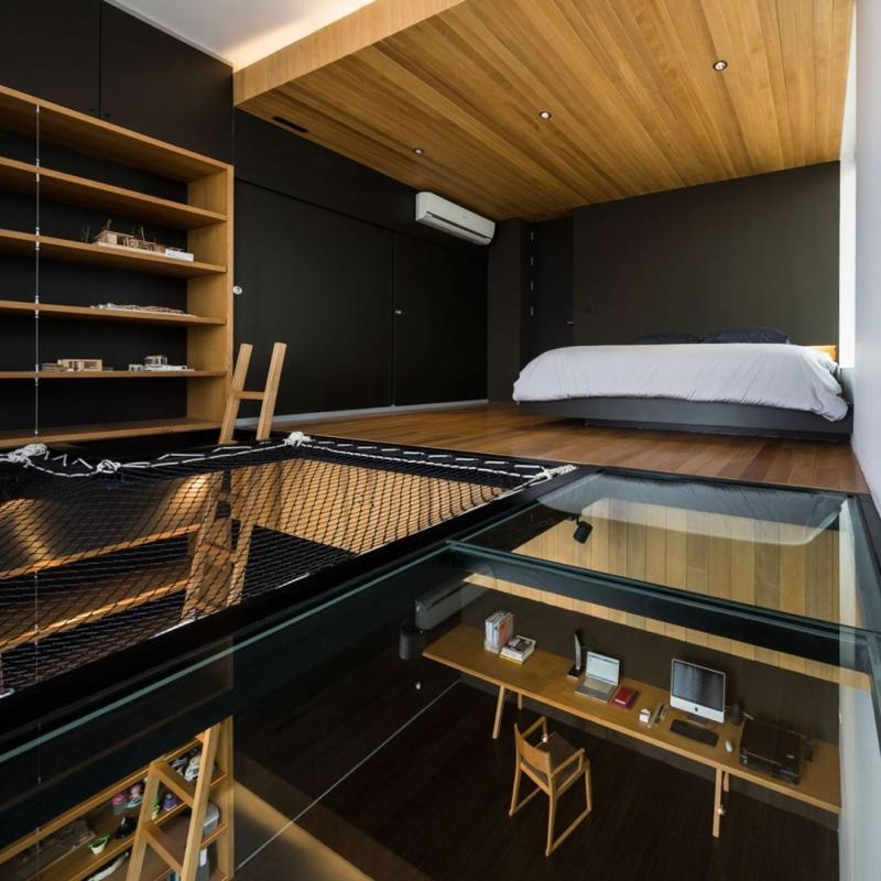 【開放的で涼しげ】ロフト&ハンモック付きの書斎 | 住宅デザイン