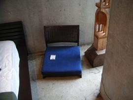 a-flatの座椅子