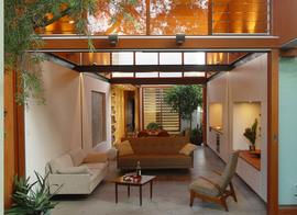リビング,庭,全開放,窓,細長い