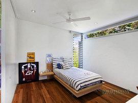 オーストラリアの豪邸の寝室