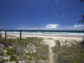 オーストラリアの豪邸の近くの海