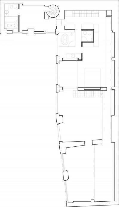 階段が2つある間取り図.jpeg