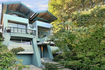 シアトルの多開口の明るい家.jpg
