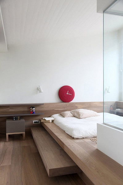 上り框風のベッドエリア2.jpg