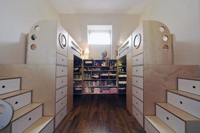 左右対称の2人用子供部屋2.jpg