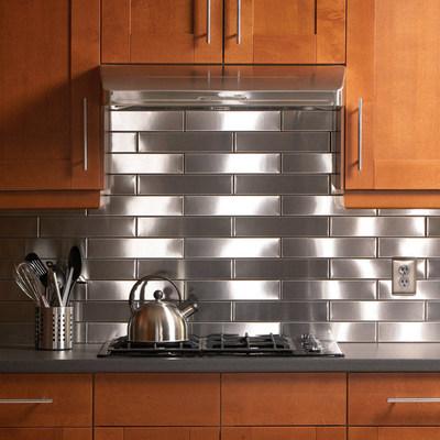 ステンレス製タイルでキッチンの壁をDIY1.jpg