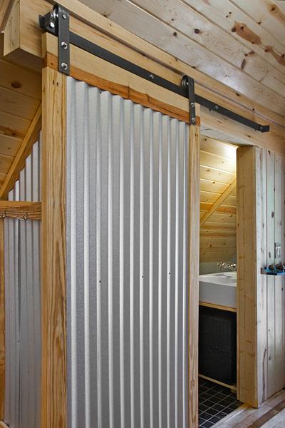 ロフトのシャワールーム.jpg