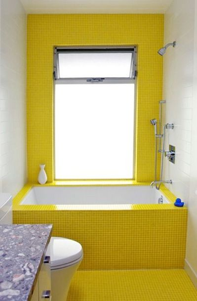 黄色いタイル張りのバスタブ.jpg