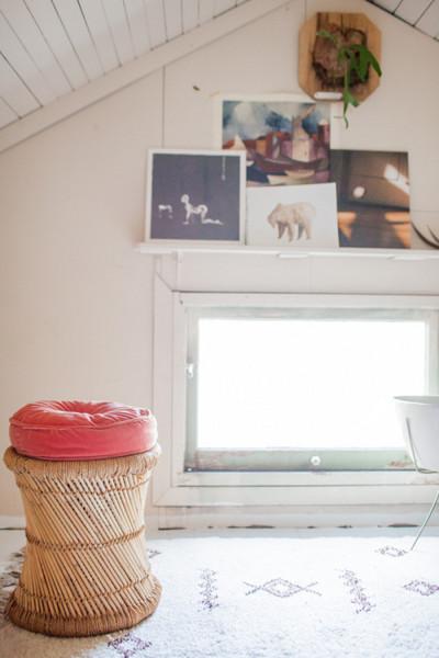 ロフトの掃き出し小窓.jpg
