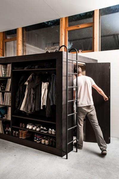 オールインワンの収納&クローゼットボックスは内部にも入れる