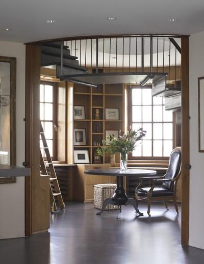 円形ドーム状の書斎
