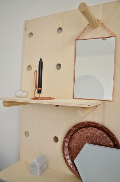DIYの有孔ディスプレイボードの棚板2