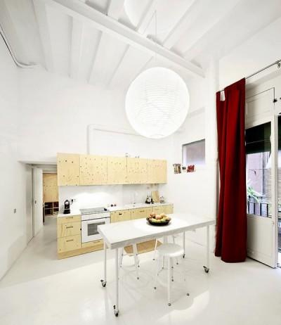 狭小ワンルームリノベーション住宅のダイニング・キッチン