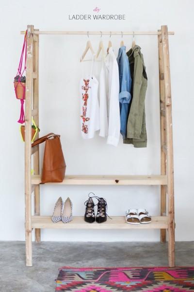 はしごを使ってDIYで作った衣類収納ハンガーラック2