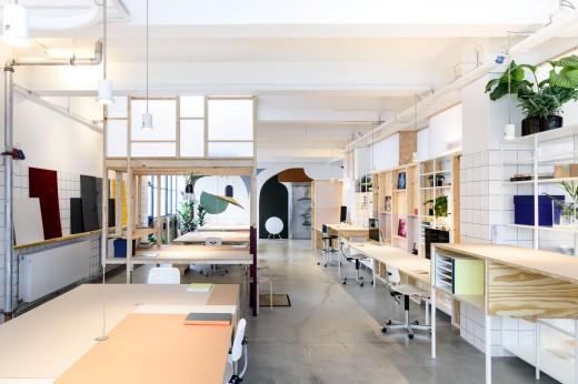木材とポリカ版で作った「空中和室・茶室」のあるワークスペース