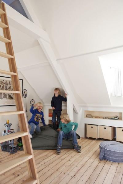 3人兄弟用のロフトの子供部屋