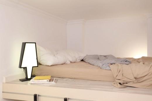 8畳弱の狭小ワンルームのロフトベッドルーム