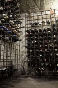 地下のワインセラー