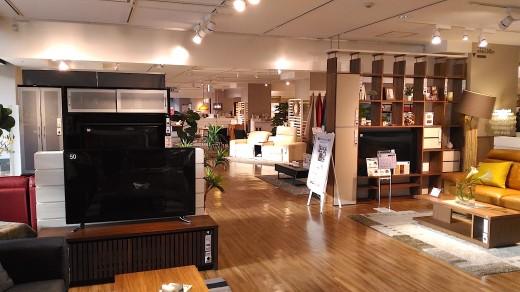 中目黒のニトリ2階の家具売り場フロア