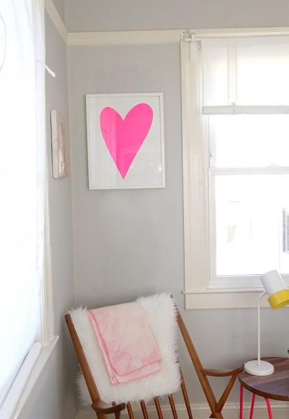 DIYで作るピンクのハートのフレーム1