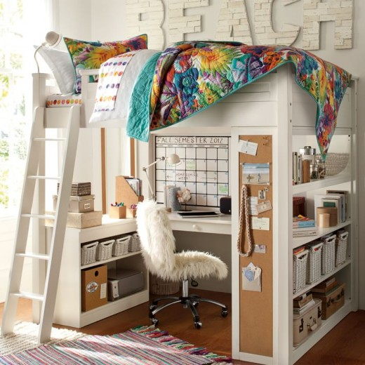 下に机と棚が収まる2段ベッド ロフトベッド ちょっと男の子っぽい