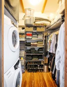 40畳のワンルーム住宅の衣類クローゼット