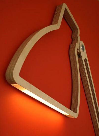 壁に取り付けられるフラットなLEDアングルポイズランプのLED照明部