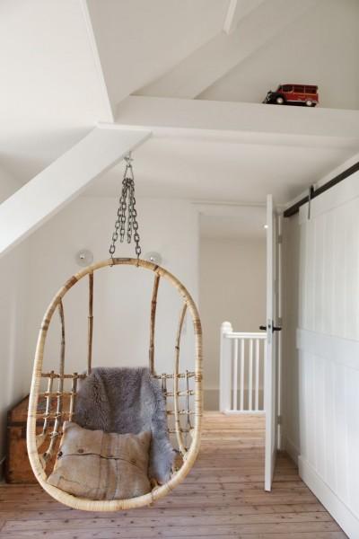ハンギングチェアの吊られたロフト