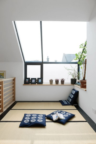 天窓付きの開放的な和風ロフトスペース1