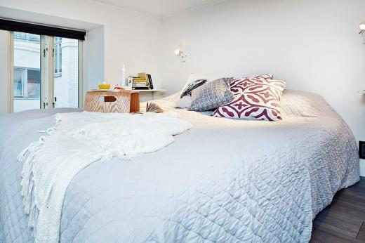 ロフトの上のベッドルーム