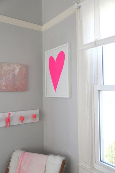 DIYで作るピンクのハートのフレーム2